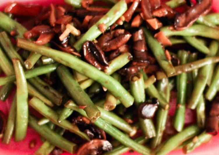 Haricots verts et champignons