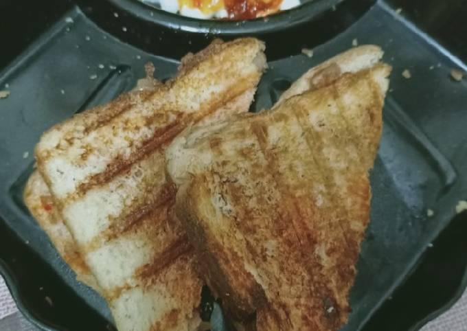 Grilled aloo sandwich