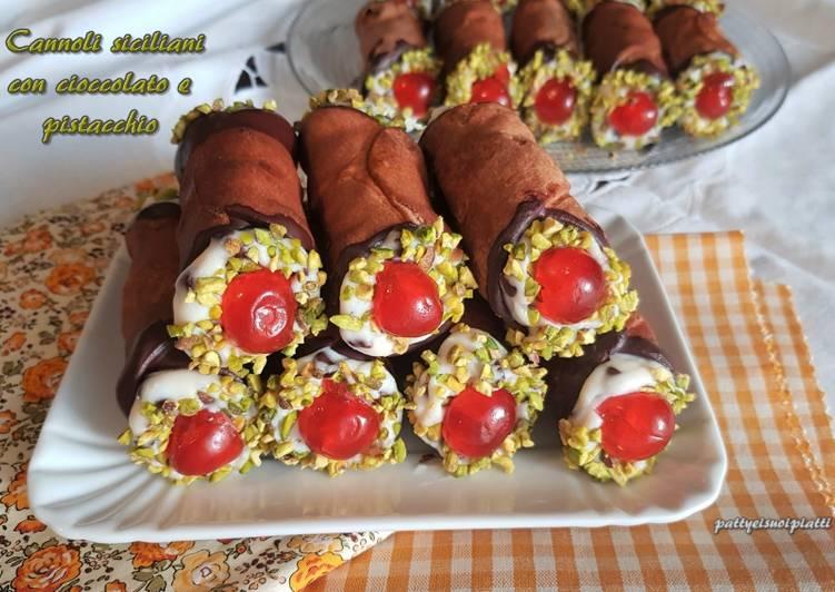 Ricetta Cannoli siciliani con cioccolato e pistacchio
