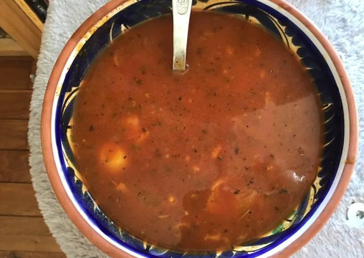 Soupe de courgettes tomates et fenouil à l origan