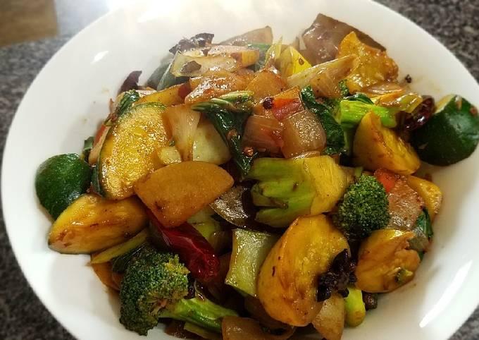 Szuchuan veggies claypot麻辣蔬菜香锅