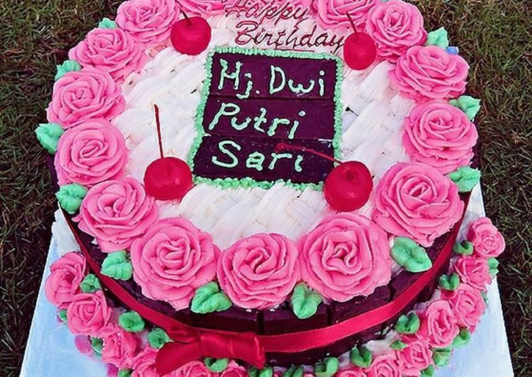 Kue Ulang Tahun Black Forest mawar #2 - cookandrecipe.com