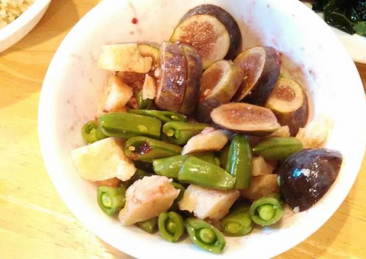 Fig, sugar snap and parmesan salad