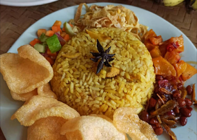 Nasi Kebuli Ayam Ala-ala