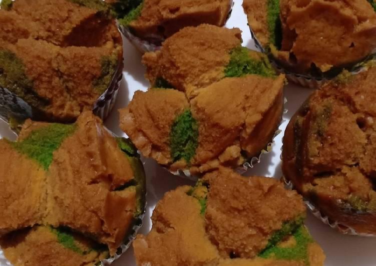 Langkah Mudah untuk Mengolah Bolu kukus gula merah pandan (no telur,no mixer anti gagal) yang Bikin Ngiler