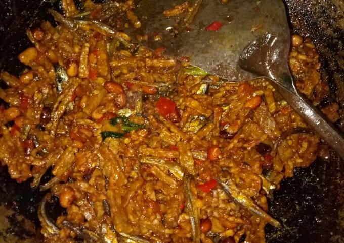 goreng tempe kering sambal balado😃 - resepenakbgt.com