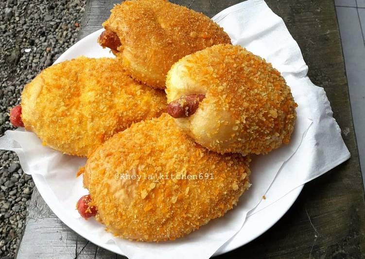Roti Goreng Sosis Empuk