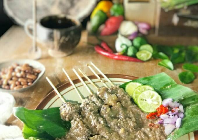 Resep Sate Kikil Limpa Bumbu Kacang, Lezat