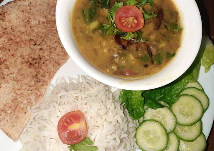 Steps to Prepare Top-Rated Dal palak