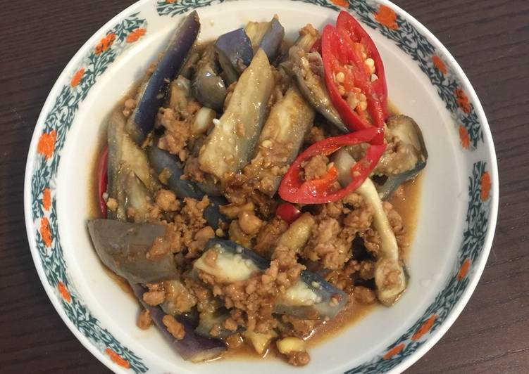 How to Make Tasty Steam eggplant with stir fry minced meat