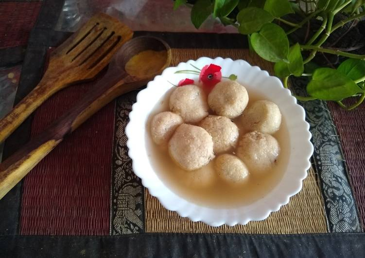Choco stuffed rasgulla