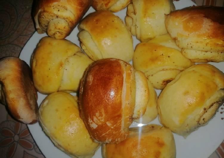How to Prepare Yummy Cinnamon rolls