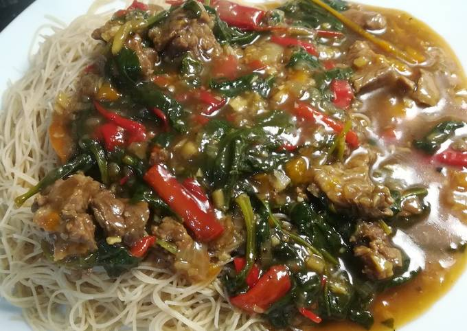 Chinese Beef with Ginger and Spinach
