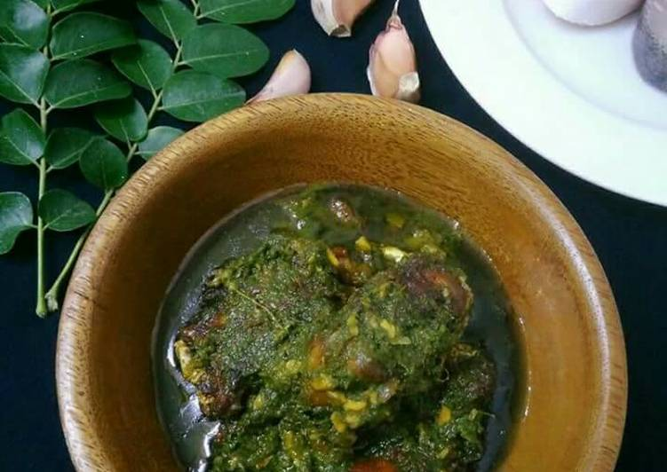 Steps to Make Quick Curry Leaves Fish Curry