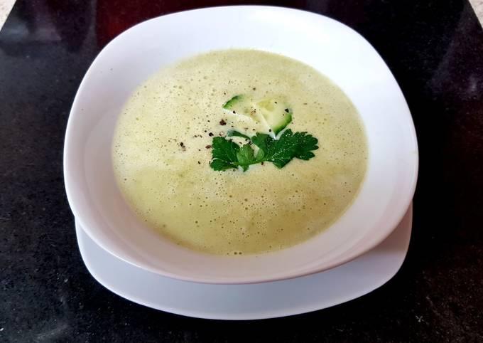 My Asparagus,Avocado + Cucumber Soup 💜