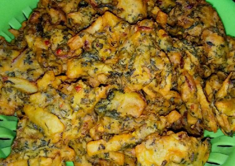 Simple Way to Prepare Top-Rated Alu palak pakore (Ramadan iftar)