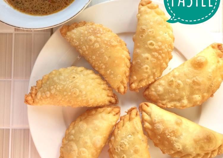 Resep Pastel Isi Bihun oleh Wiwi Widiyati - Cookpad