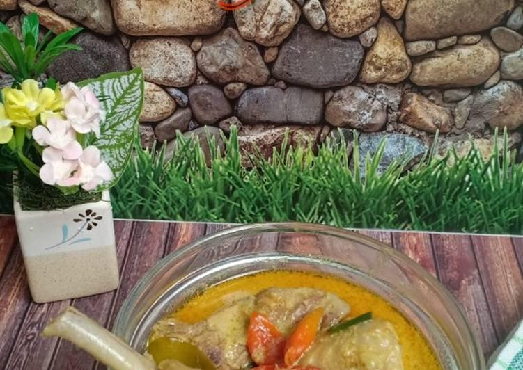 Lodho Ayam(me. Kare ayam karena ayamnya gak pakai dibakar) - cookandrecipe.com