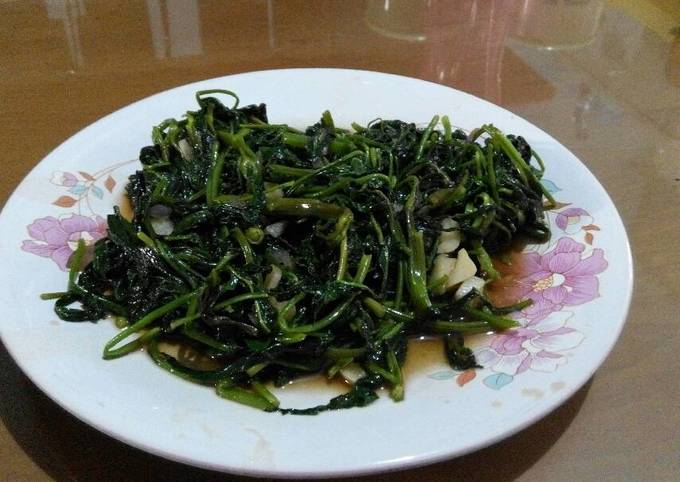Kangkoong with Oyster Sauce