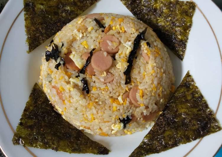 Resep Nasi goreng sostel mix nori untuk bekel anak sekolah Favorit