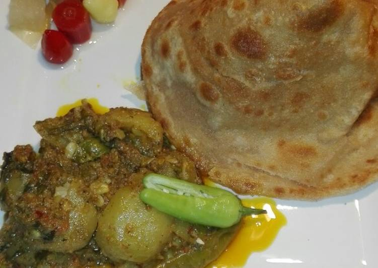 Masala Tindey with Paratha and pickles