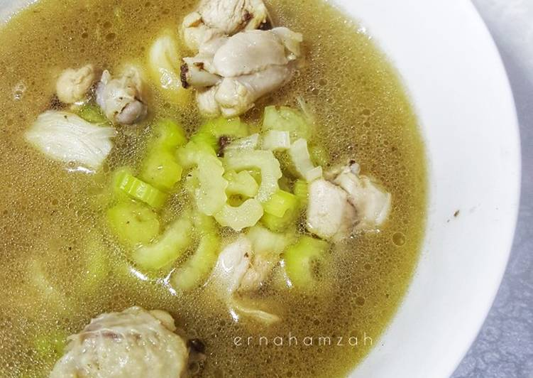Sup Ayam 7 Bahan - velavinkabakery.com