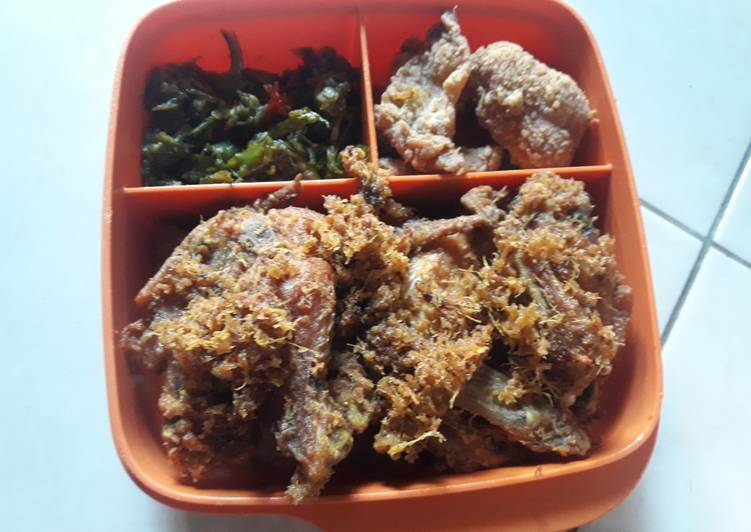 Ayam Goreng Laos + Sambel Lombok Ijo