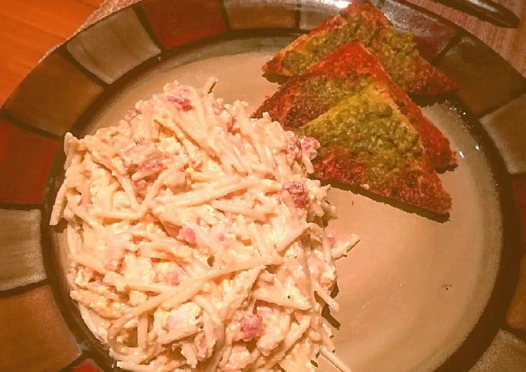 Spaguetti carbonara con pollo 🍝🧀🍞