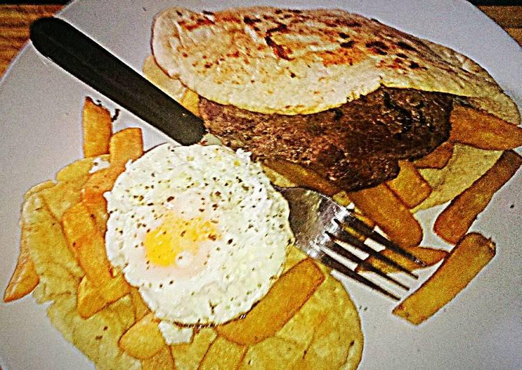 Tex's Steak, Egg & Chips Flabread 🐮🍳🍟🍞