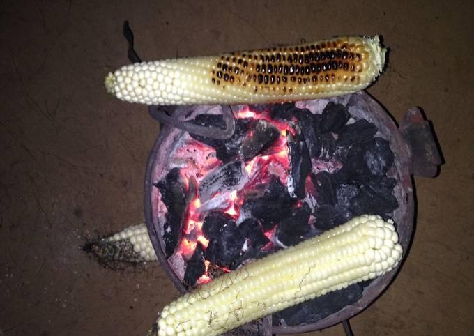 Roasted maize(mahindi Choma)