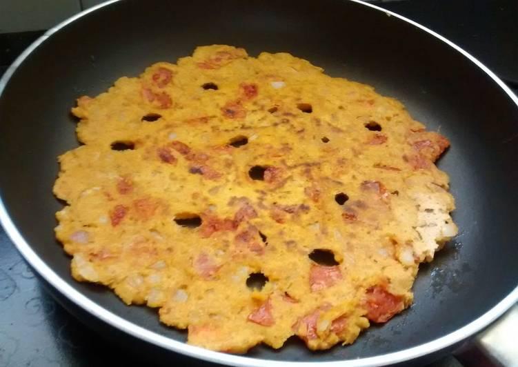5 Minute Recipe of Autumn Tomato And Onion Thalipeeth #flour