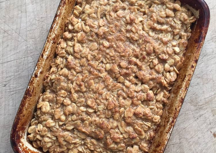 How to Prepare Homemade Peanut butter and maple flapjacks