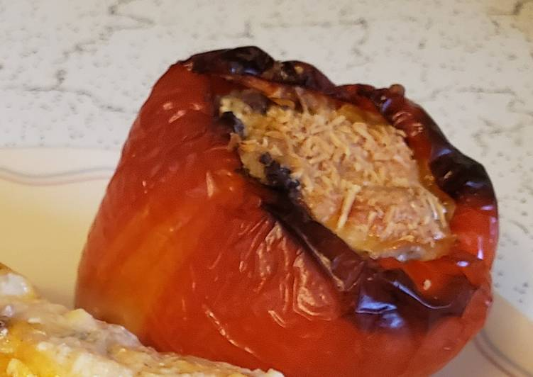 Brad's venison and sausage stuffed aloha pepper