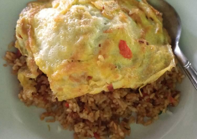 Nasi goreng telur Hot jeletot