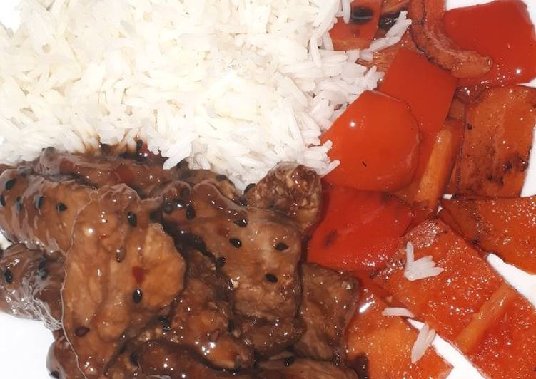 Sesame beef with 5 spice peppers and rice