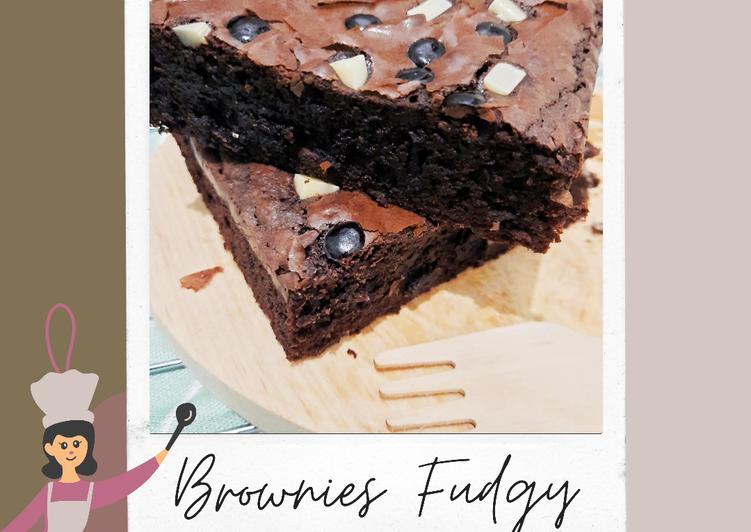 Brownies Fudgy (Shinny, Crusty, Fudgy)