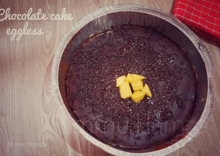 Langkah Mudah untuk Menyiapkan Chocolate cake eggless yang Bisa Manjain Lidah