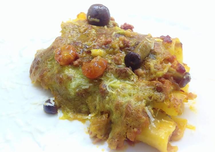 Recipe: Perfect Lasagne al fornocon ragù e crema di burrata, pistacchi e rosmarino