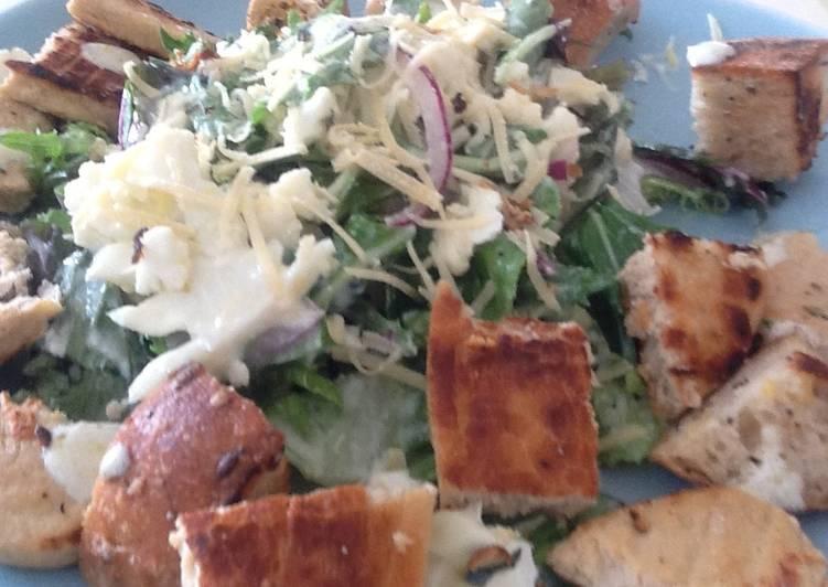 Chicken & crouton Salad