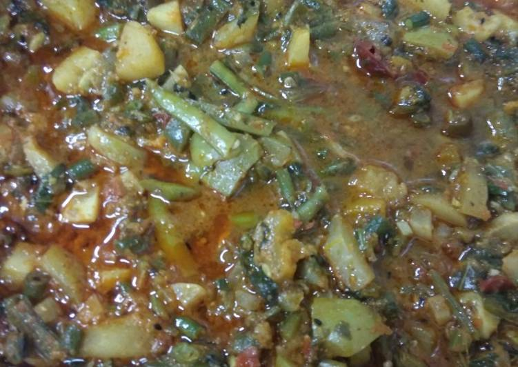 Simple Way to Make Super Quick Homemade Panchmale sabji(mix vegetables curry)