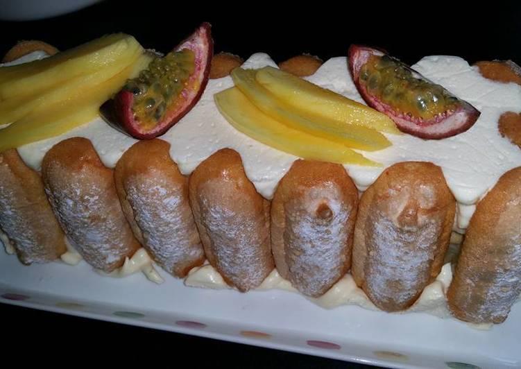 Comment faire Préparer Délicieux Buche façon tiramisu fruits exotiques
