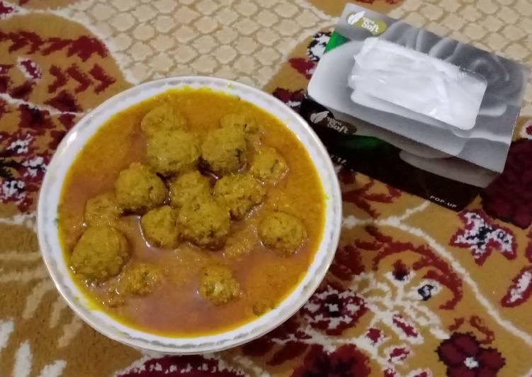 Simple kofta curry