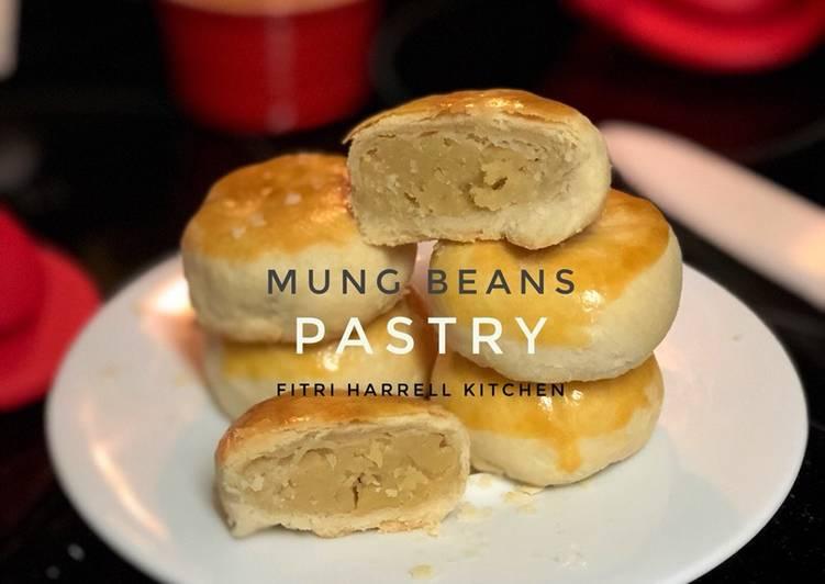 Mung Bean Pastry (Pia / Bakpia lembut enak) (not sweet dough)