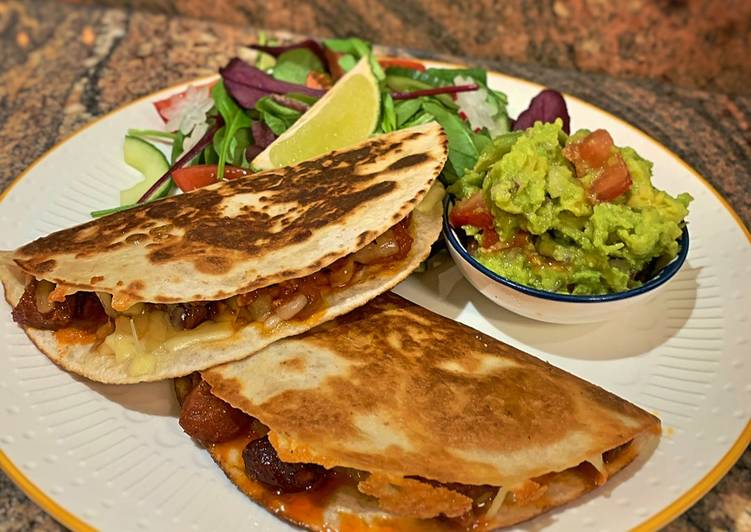Easiest Way to Make Super Quick Homemade Smoky Quesadillas Chicken & chorizo / Jackfruit & veggie sausages