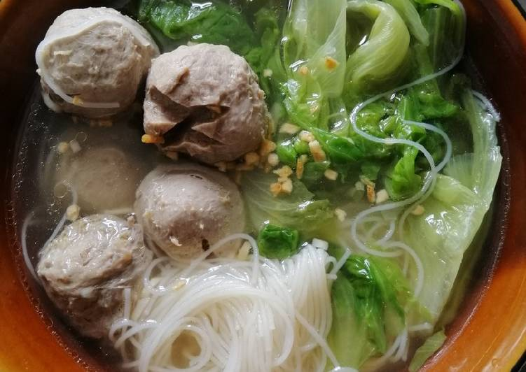 Beef Balls w/Rice Vermicilli