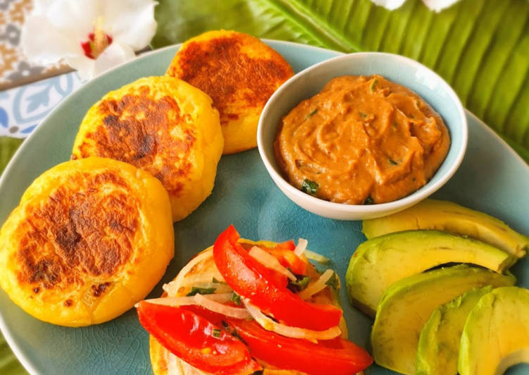 Llapingachos – Ecuadorianische Kartoffelpuffer
