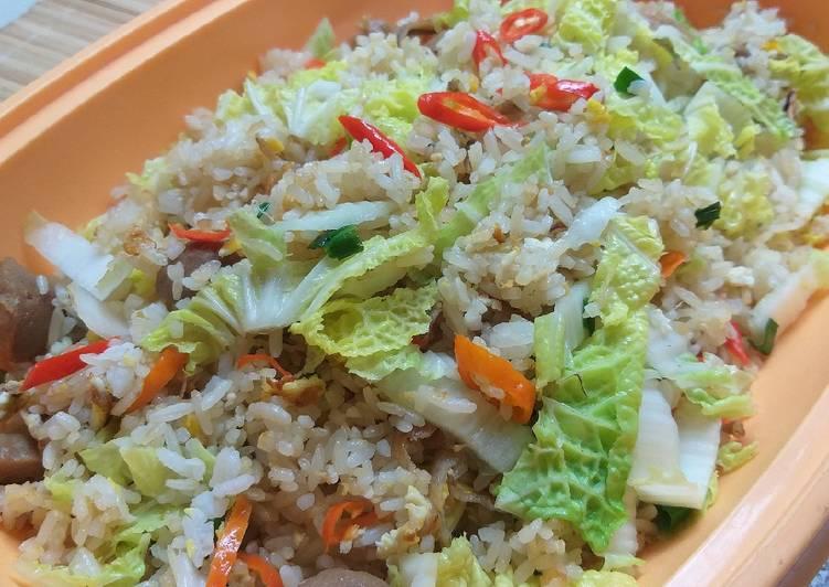 Nasi goreng teri sawi putih