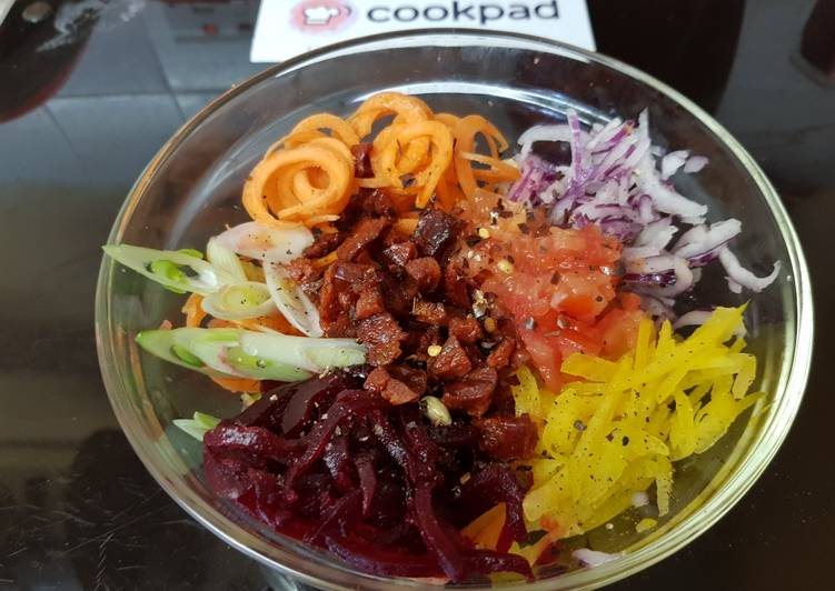 Simple Way to Make Favorite My Spiral & Shredded Salad with A little Chorizo. 😎