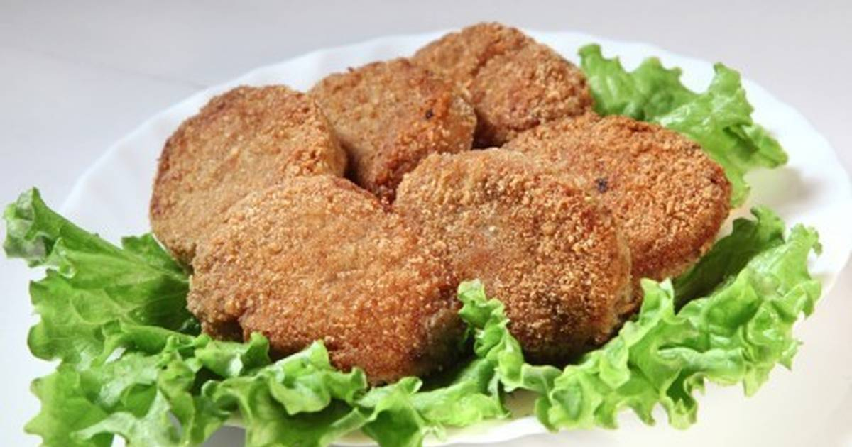 Vegetarian Cutlets With Herbed Topping