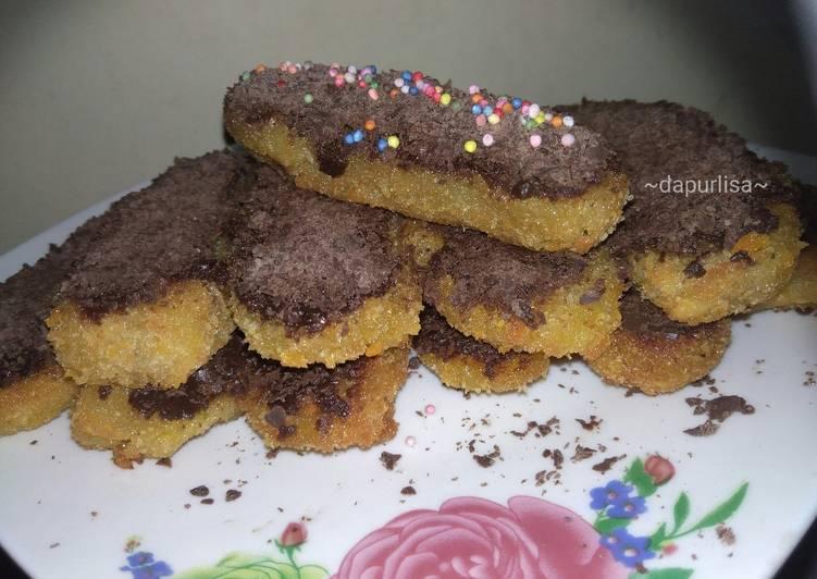 Resep Pisang goreng Krispy kriuk topping coklat yang Enak Banget